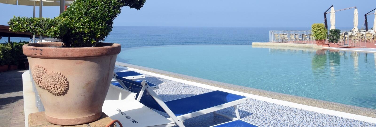 Slider Homepage Panoramica Piscina